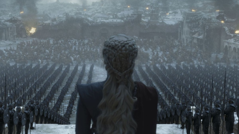 Queen Daenerys in front of her armies