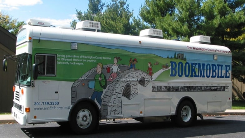 This Bookmobile Encourages Reading by Bringing the Party to You!