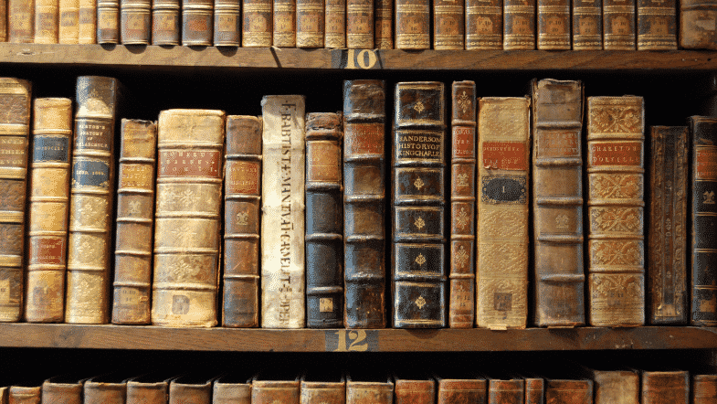 The Aroma of Old Books: A Link Between Memory and Smell